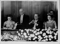 Princess Margaret, Prince Philip and Queen Elizabeth II have a nice performance at the London Coliseum