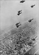 American Fighter aircraft fly over New York City