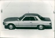 Motor car marcedes:Wed feature.