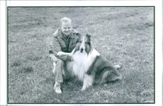 Daniel Petrie with the dog from the film Lassie, 1994.