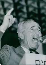 Israeli politician, Shimon Peres, in emphatic mood during a speech at a Labor Party Central Committee meeting, 1986.