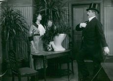 Filmstaden in Råsunda. A scene from the movie The birthday present from 1913
