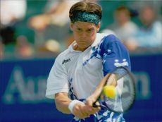 The battle was set for Thomas Enqvist in the Australian Open.