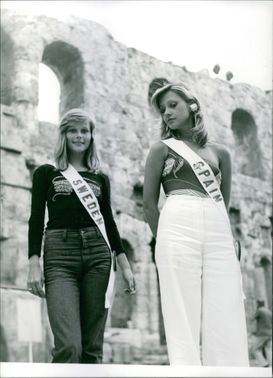 Miss World candidates, Miss Sweden and Miss Spain.  - Jul 1973