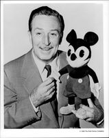 Portrait of Walt Disney with the first Musse Spike.