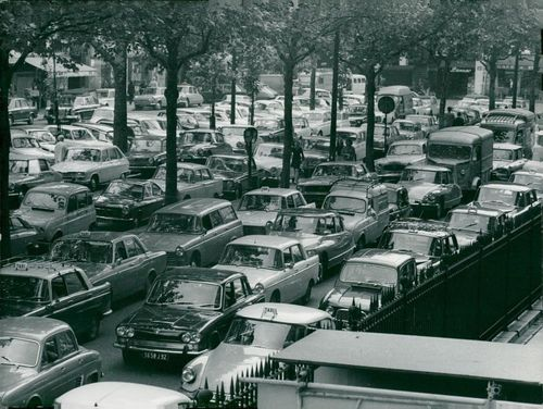 France: Traffic & Communication - Read Embouteillages in Paris