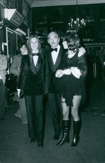 Eddie Barclay with former spouse Béatrice Chatelier and another woman, 1970.