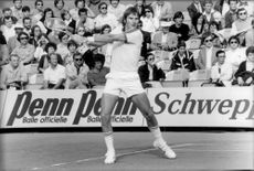 Jimmy Connors in action against Terry Moor in Roland Garros French open