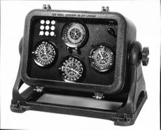 """The simple Decca receiver display head, or """"decometer bowl""""."""