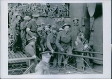 The arrival of the British Expedition Force after its crushing defeat in Flanders in a British port, 1940.
