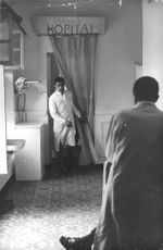 People in the hospital during the Algerian War.