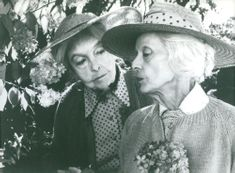 Lillian Gish and Bette Davis as the two aging sisters in the movie