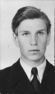First field aviator TG Anders Bengtsson who survived a plane crash with a trainer SK50 from war flight school.