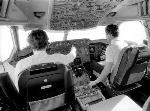Cockpit in Lufthansa A310 is full of advanced technology.