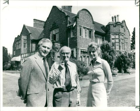 V. S. Pritchett with Sam Wanamaker and Mary Peach.