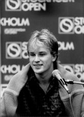 Portrait image of Magnus Gustafsson taken at a press conference during the Stockholm Open.