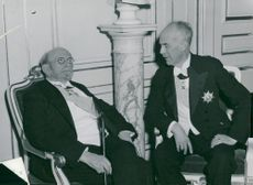 Swedish Academy's feast meeting. Birger Ekeberg and Landshövding Hammarskjöld