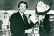Presidential candidates Gary Hart