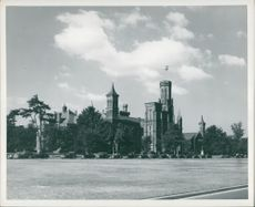View of Smithsonian Institution, Washington U.S.A.