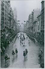 A foreign head of state visits Madrid - reason enough for general rejoicing in spite of the rain.