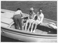 Princess Irene and Carlos Hug in the boat, 1964.