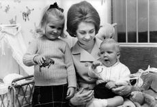 Juan Carlos I's wife and children.