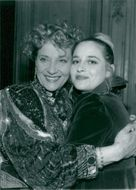 Sylvia Syms and her daughter.