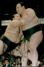 Japanese sumo champion Yokozuna Takanohanaa in close combat.