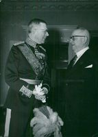 Swedish King Charles King Gustaf VI Adolf and Queen Louise visit Finland in 1952. King Gustaf Adolf, together with Finnish President Juho Kusti Paasikivi.