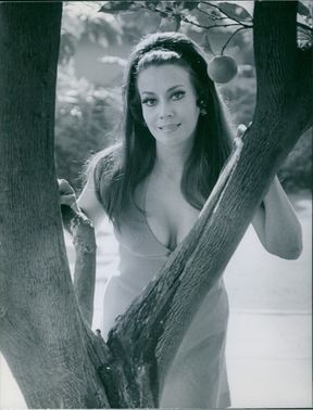 A female actress, Sarita Vara. 1969