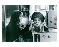 Holly Hunter and Anne Bancroft in a scene from a 1995 comedy-drama film,