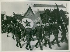 Under the Soviets and under red flags the uniformed youth in Tallinn marched to the demonstration for the Soviet power.