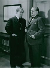 Erik Berglund and Eric Abrahamsson in a scene from the film Den ljusnande framtid, 1941.