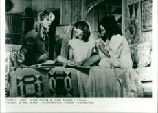 """Jessica Lange, Sissy Spacek and Diane Keaton in the movie """"Chimes of the Heart"""""""
