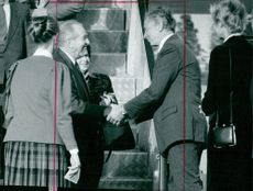Chaim Herzog is welcomed at Arlanda by Foreign Minister Sten Anderssom
