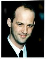 Portrait photography in color of actor Anthony Edwards.