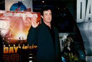 "Sylvester Stallone delivers jacket from the movie ""Daylight"" to Planet Hollywood"