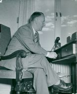 Gunnar Hedlund, Center Party Leader at his desk