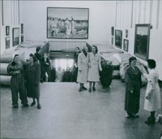 Women gathered in a museum during the Sweden war, 1945.