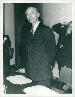Sir Alec Douglas-Home talks to the press after his resignation