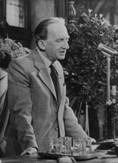 Gyorgy Lukacs delivering a speech.