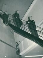 The king headed down from the roof of the nuclear reactor. Prior to him, Eric Hellstrand and behind the Eriksson state council