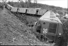 Four of the commuter train wagons ran off the track and down a slope at the accident at Kallhälls station