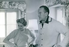 George Sanders with his wife Benita Hume. 1960.