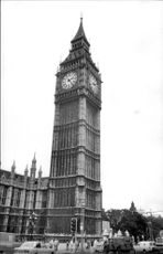 Black and white photography on the English Parliament and Big Ben.
