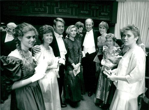 Professor Dudley R. Herschbach surrounded by his family in Stockholm's concert hall