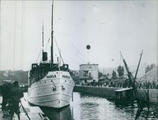 The SS Hansa (1899) in the port during Sweden World War I, 1944.