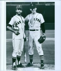 Mark Harmon and Harold Ramis in the film Stealing Home, 1988.