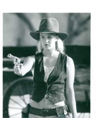 Drew Blythe Barrymore doing shooting.