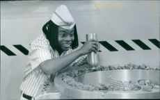 Kel Mitchell in the 1997 American comedy film Good Burger directed by Brian Robbins.